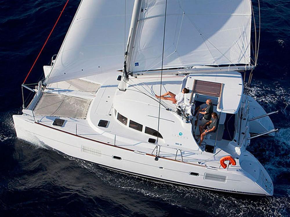 Catamaran te huur in Sotsji voor de beste prijs