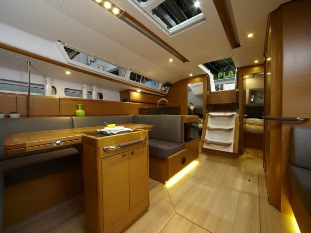 Verhuur Zeilboot in Álimos - Jeanneau Sun Odyssey 439
