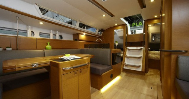 Bootverhuur Jeanneau Sun Odyssey 439 in Athene via SamBoat