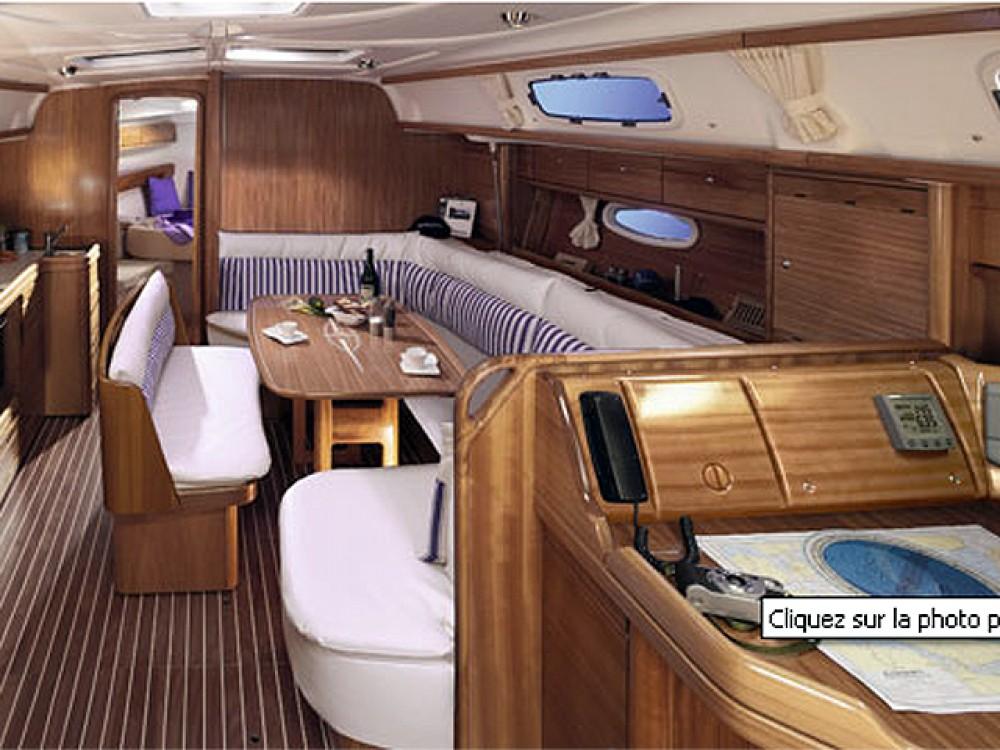 Bootverhuur Rodos goedkoop Bavaria 39 Cruiser