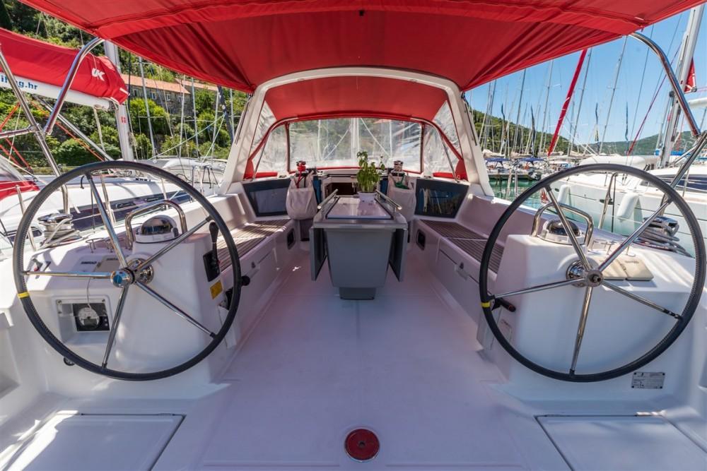 Huur Zeilboot met of zonder schipper Bénéteau in Pomer