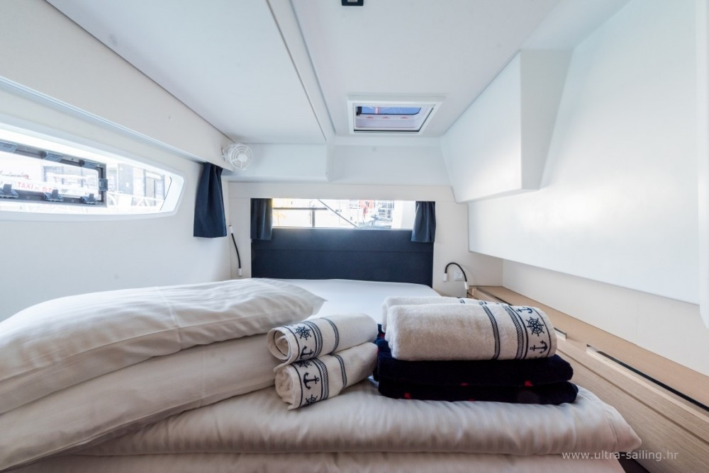 Fountaine Pajot Saba 50 te huur van particulier of professional in Seget Donji
