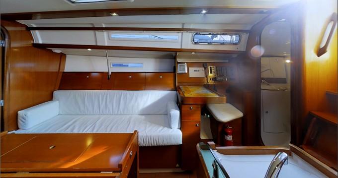 Verhuur Zeilboot in Kaštel Gomilica - Dufour Dufour 34 Performance