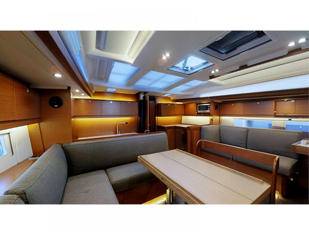 Bootverhuur Rogoznica goedkoop Dufour 520 Grand Large