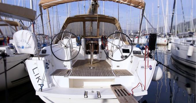 Verhuur Zeilboot in Rogoznica - Dufour Dufour 380 Grand Large