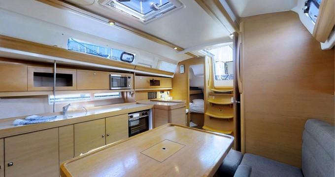 Bootverhuur Rogoznica goedkoop Dufour 380 Grand Large