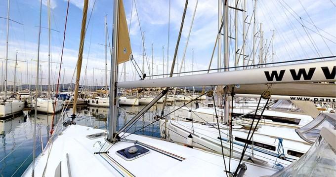 Huur Zeilboot met of zonder schipper Dufour in Kaštel Gomilica