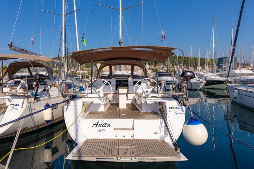 Huur een Elan Elan 45 Impression in ACI Marina Split