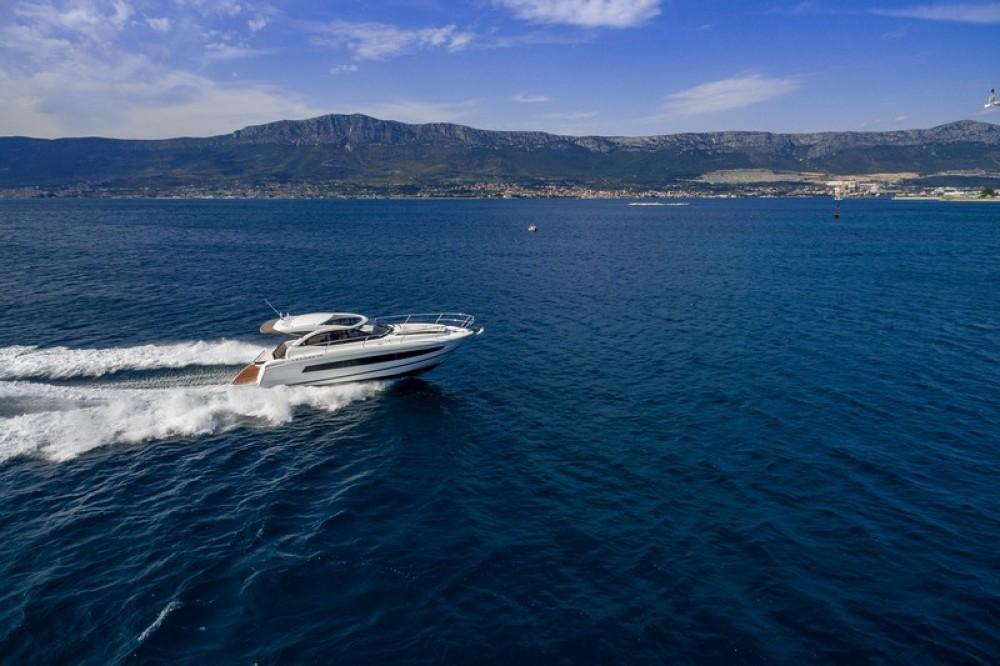 Verhuur Motorboot in Marina Kaštela - Jeanneau Jeanneau Leader 36