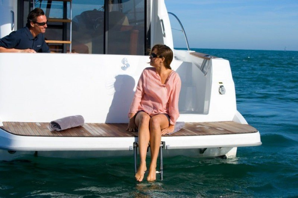 Verhuur Motorboot in ACI Marina Split - Bénéteau Beneteau Antares 30 Fly