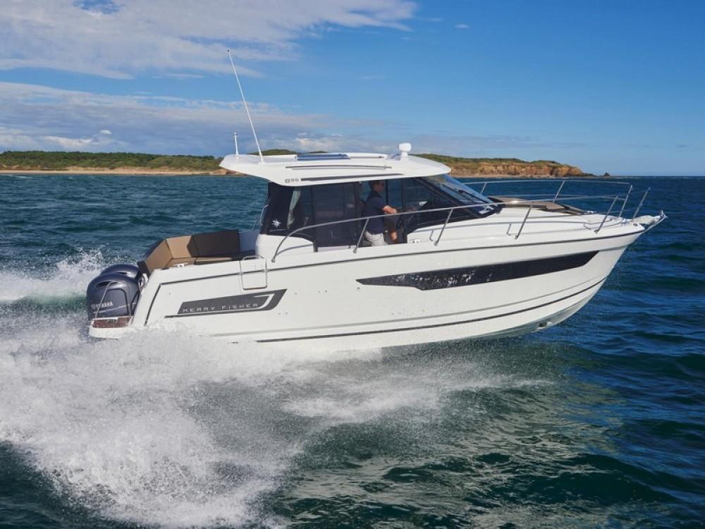 Bootverhuur ACI Marina Split goedkoop Jeanneau Merry Fisher 895