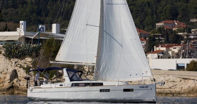 Jachthuur in Split - Bénéteau Beneteau Oceanis 35 via SamBoat