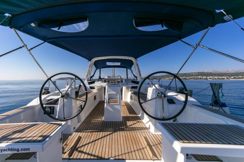 Huur Zeilboot met of zonder schipper Bénéteau in ACI Marina Split