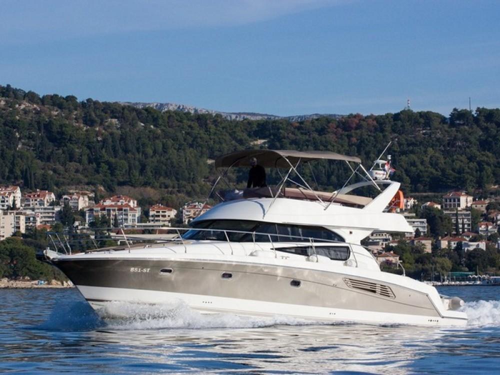 Huur een Jeanneau Jeanneau Prestige 440 in Split