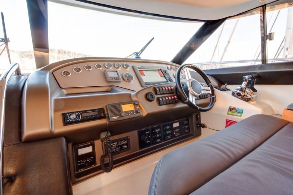Motorboot te huur in Split voor de beste prijs