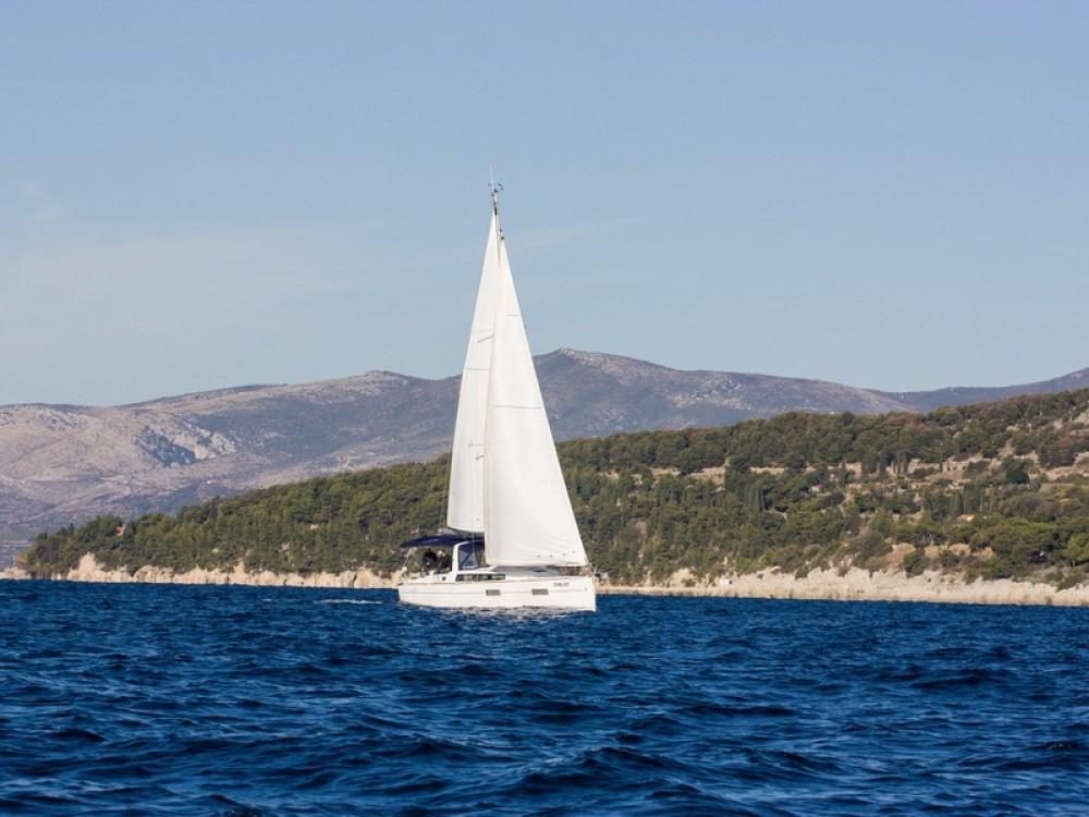 Jachthuur in Split - Bénéteau Beneteau Oceanis 38 via SamBoat