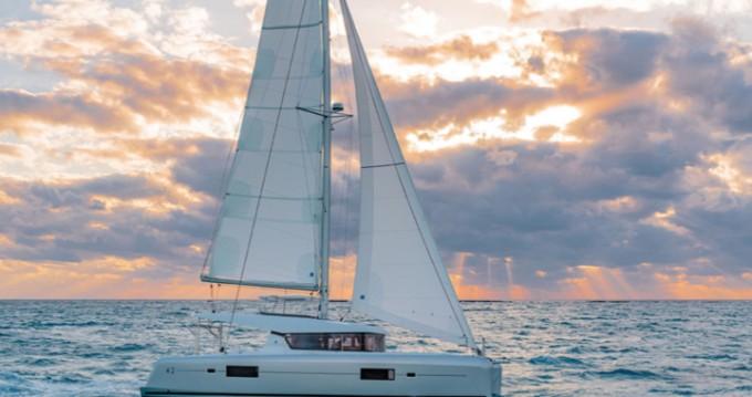 Verhuur Catamaran in Portisco - Lagoon Lagoon 42