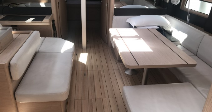 Jachthuur in Marina di Portorosa - Bénéteau Oceanis 51.1 via SamBoat