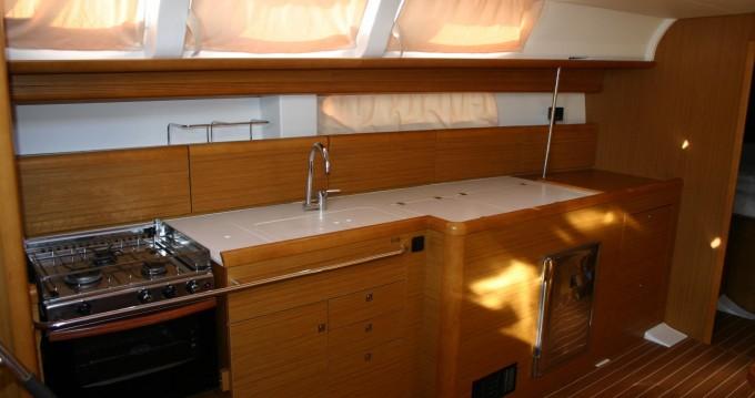 Bootverhuur Jeanneau Sun Odyssey 44i in San Miguel De Abona via SamBoat