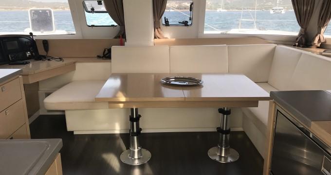 Huur Catamaran met of zonder schipper Fountaine Pajot in Portisco