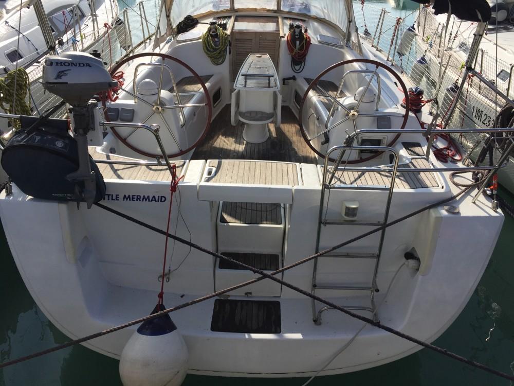 Bootverhuur Olbia goedkoop Oceanis 43