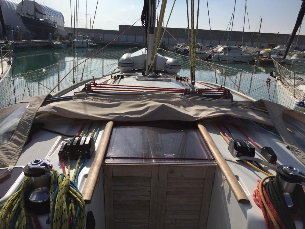 Bootverhuur Bénéteau Oceanis 43 in Olbia via SamBoat