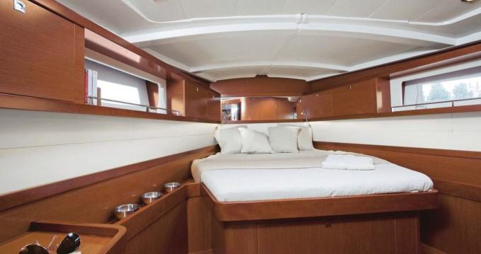 Verhuur Zeilboot in Gouviá - Bénéteau Moorings 45.4