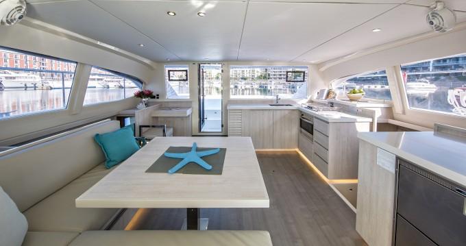 Verhuur Catamaran Leopard met vaarbewijs