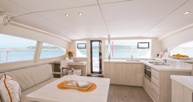 Leopard Sunsail 404 te huur van particulier of professional in Road Town