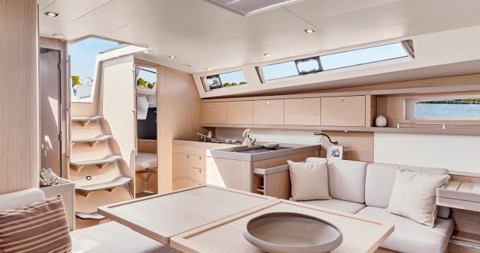 Verhuur Zeilboot in Piraeus - Bénéteau Moorings 45