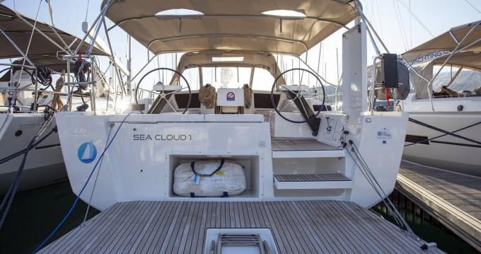 Verhuur Zeilboot in Primošten - Dufour Dufour 430 GL