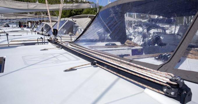 Bootverhuur Dufour Dufour 520 Grand Large in Primošten via SamBoat