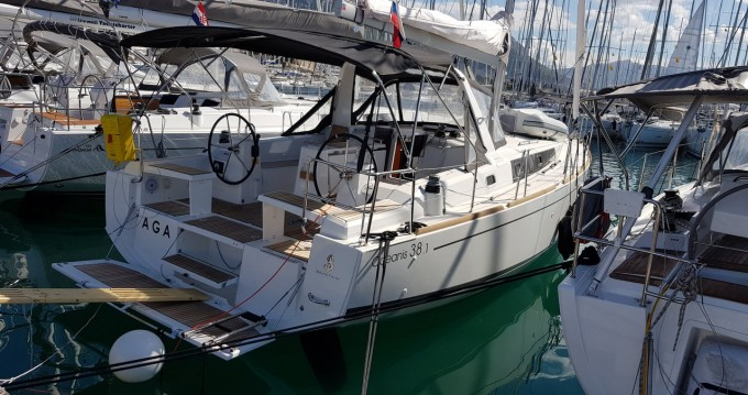 Huur Zeilboot met of zonder schipper Bénéteau in Biograd na Moru