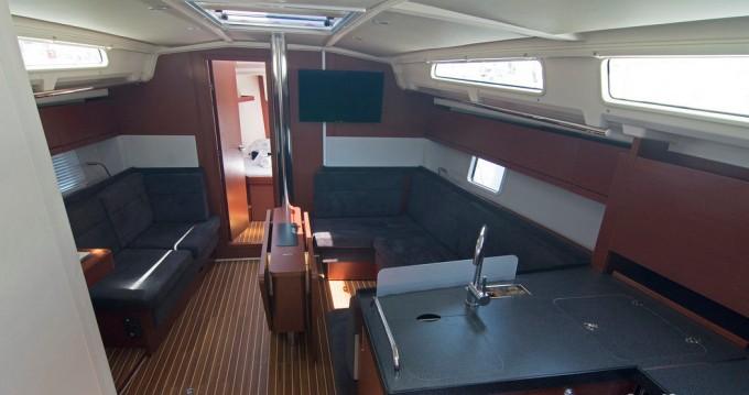 Jachthuur in Split - Hanse Hanse 418 via SamBoat