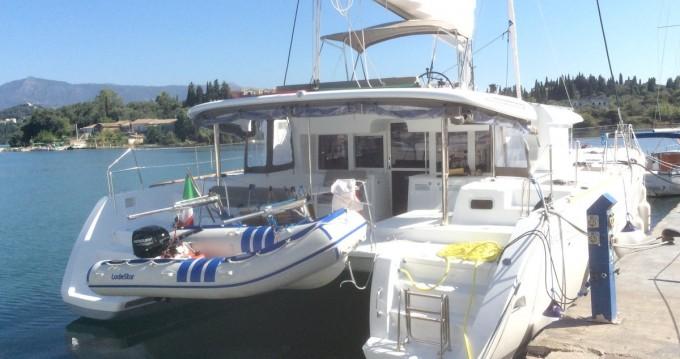 Bootverhuur Torre del Greco goedkoop Lagoon 450