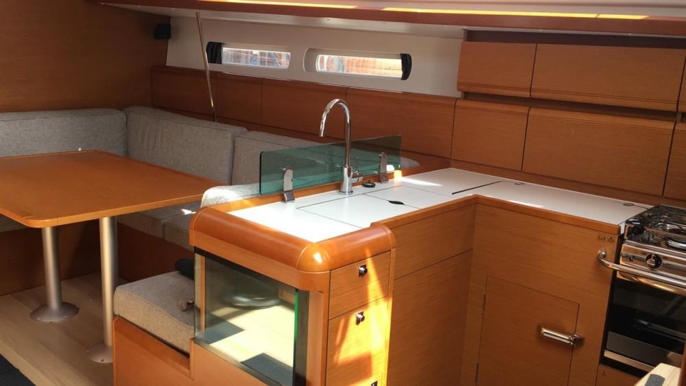 Huur Zeilboot met of zonder schipper Jeanneau in Sardinië