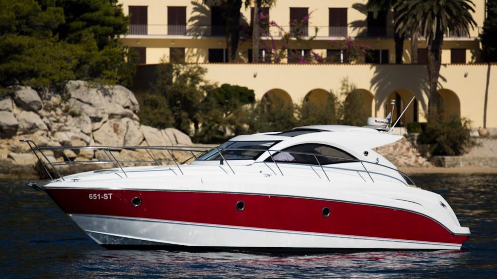 Huur een Bénéteau Monte Carlo 37 Hard Top in Kroatië
