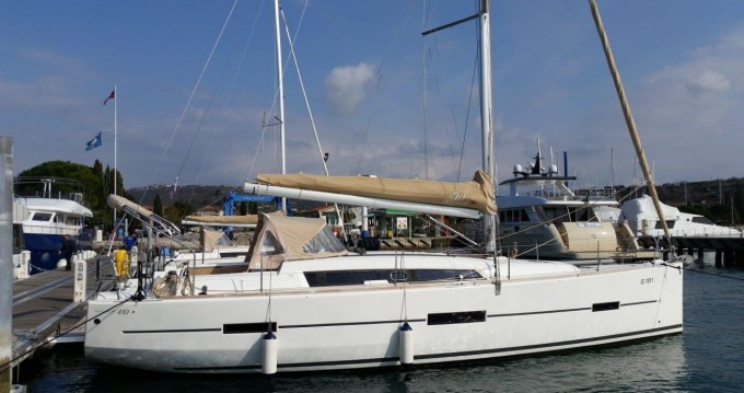 Verhuur Zeilboot in Punat - Dufour Dufour 410 GL