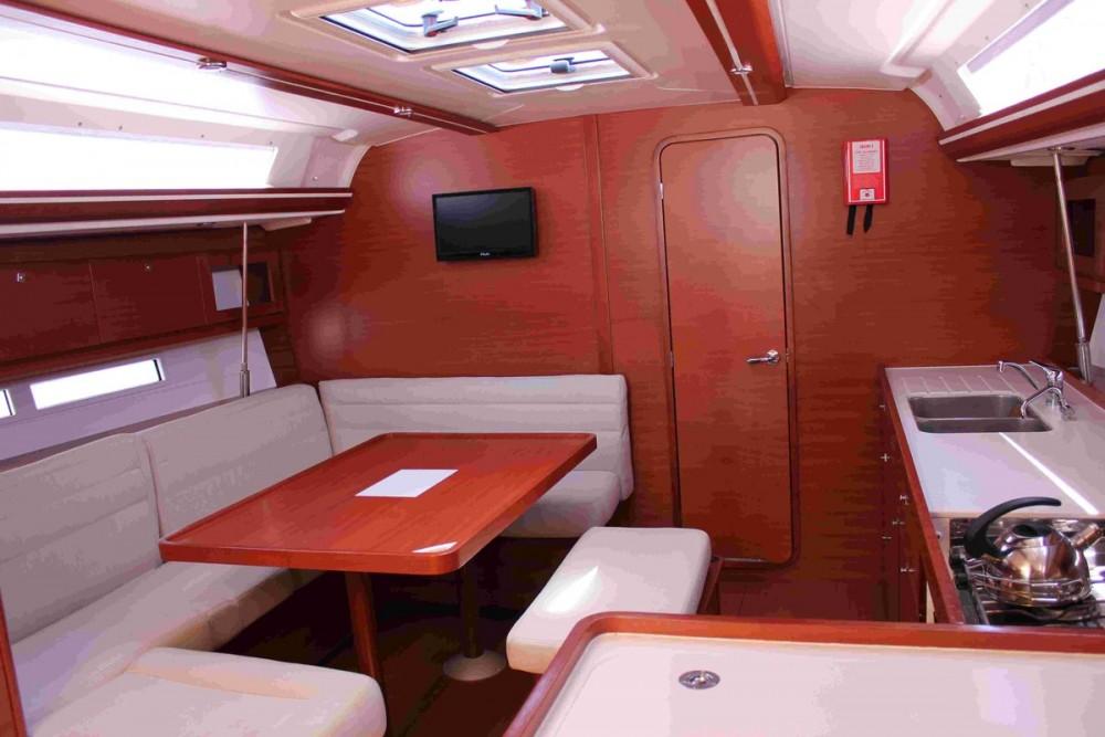 Bootverhuur Dufour Dufour 450 GL in Attica via SamBoat