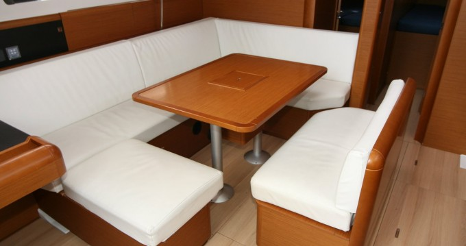Verhuur Zeilboot in Punat - Jeanneau Sun Odyssey 479