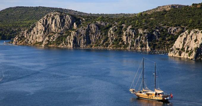 Huur een Unknown PACHA in Split
