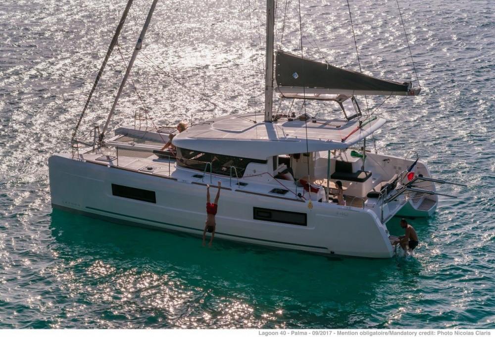 Verhuur Catamaran in Tortola - Lagoon Lagoon 40 - 4 + 2 cab