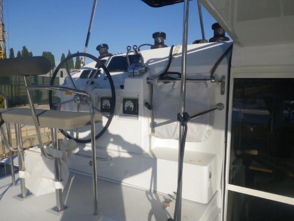 Verhuur Catamaran in Central Greece - Lagoon Lagoon 400 S2 - 4 + 2 cab.