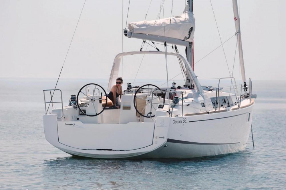 Zeilboot te huur in Cannigione voor de beste prijs