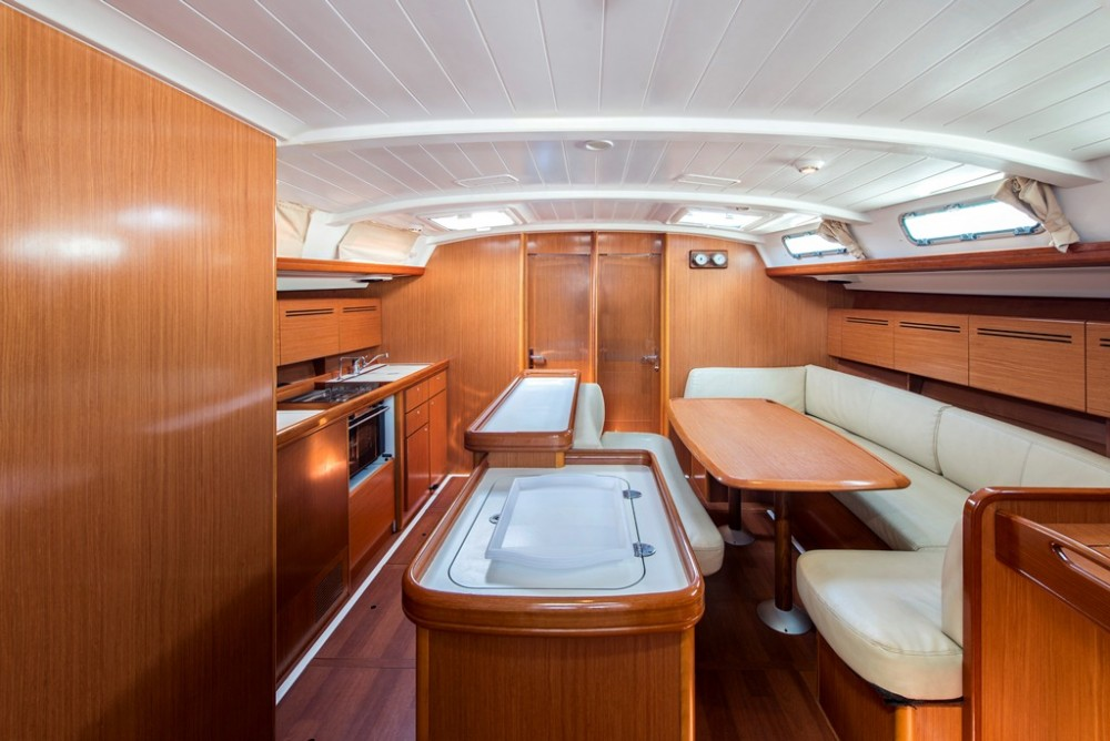 Verhuur Zeilboot in Λαύριο - Bénéteau Cyclades 50.5 - 5 + 1 cab.