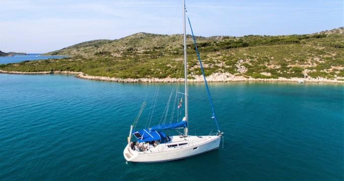 Bootverhuur Jeanneau Sun Odyssey 36i in Volos via SamBoat