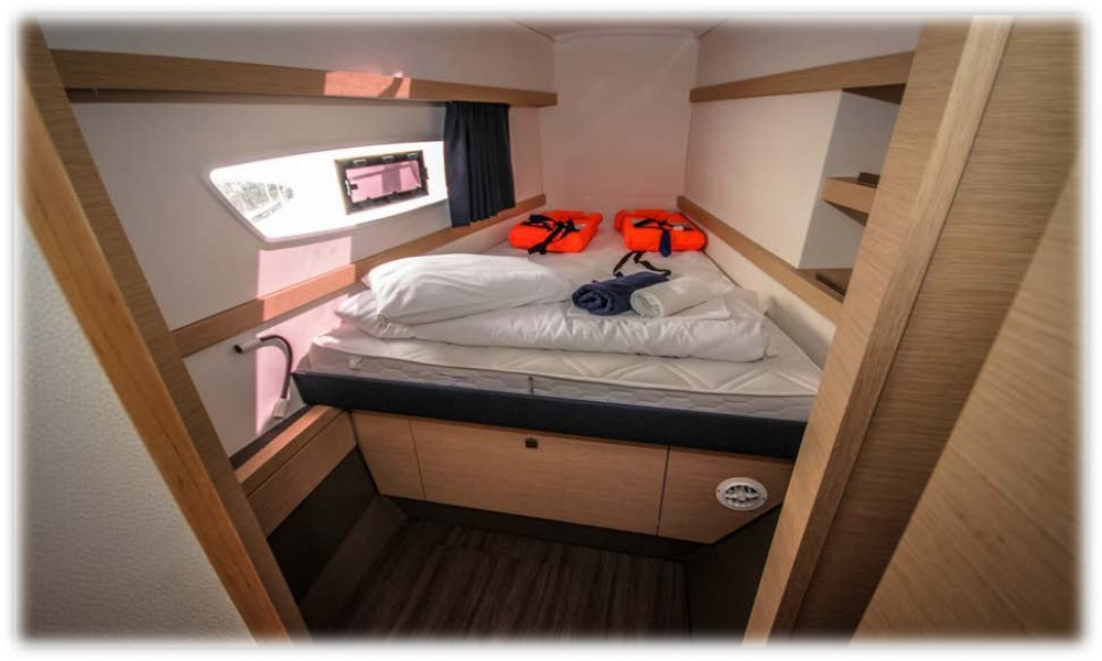 Jachthuur in  - Fountaine Pajot Fountaine Pajot Lucia 40 via SamBoat
