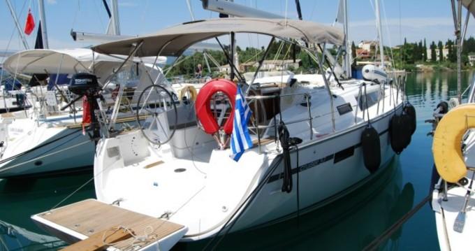 Bavaria Bavaria 37 Cruiser te huur van particulier of professional in Lávrio