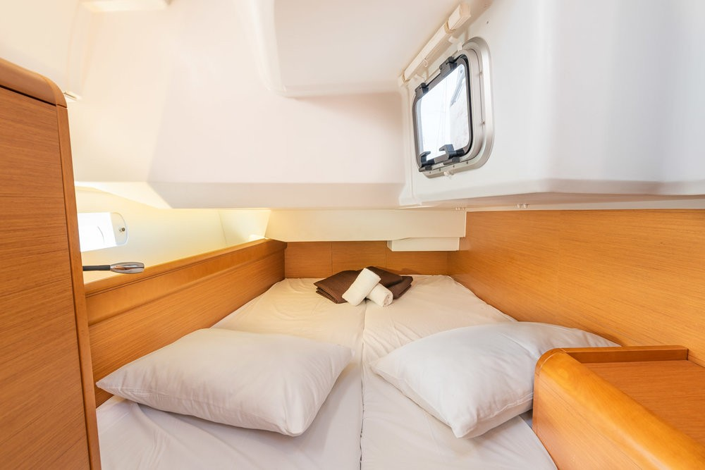 Huur een Jeanneau Sun Odyssey 449 in Leucade