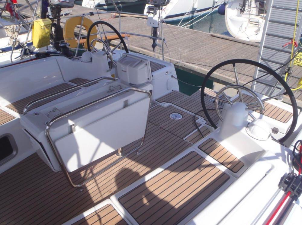 Huur een Jeanneau Sun Odyssey 439 in Korfoe
